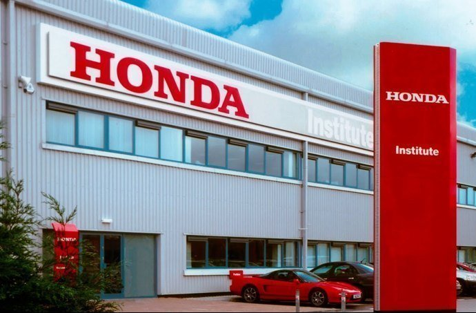 New and pre owned honda dealer in montreal lombardi honda for Honda dealer albany